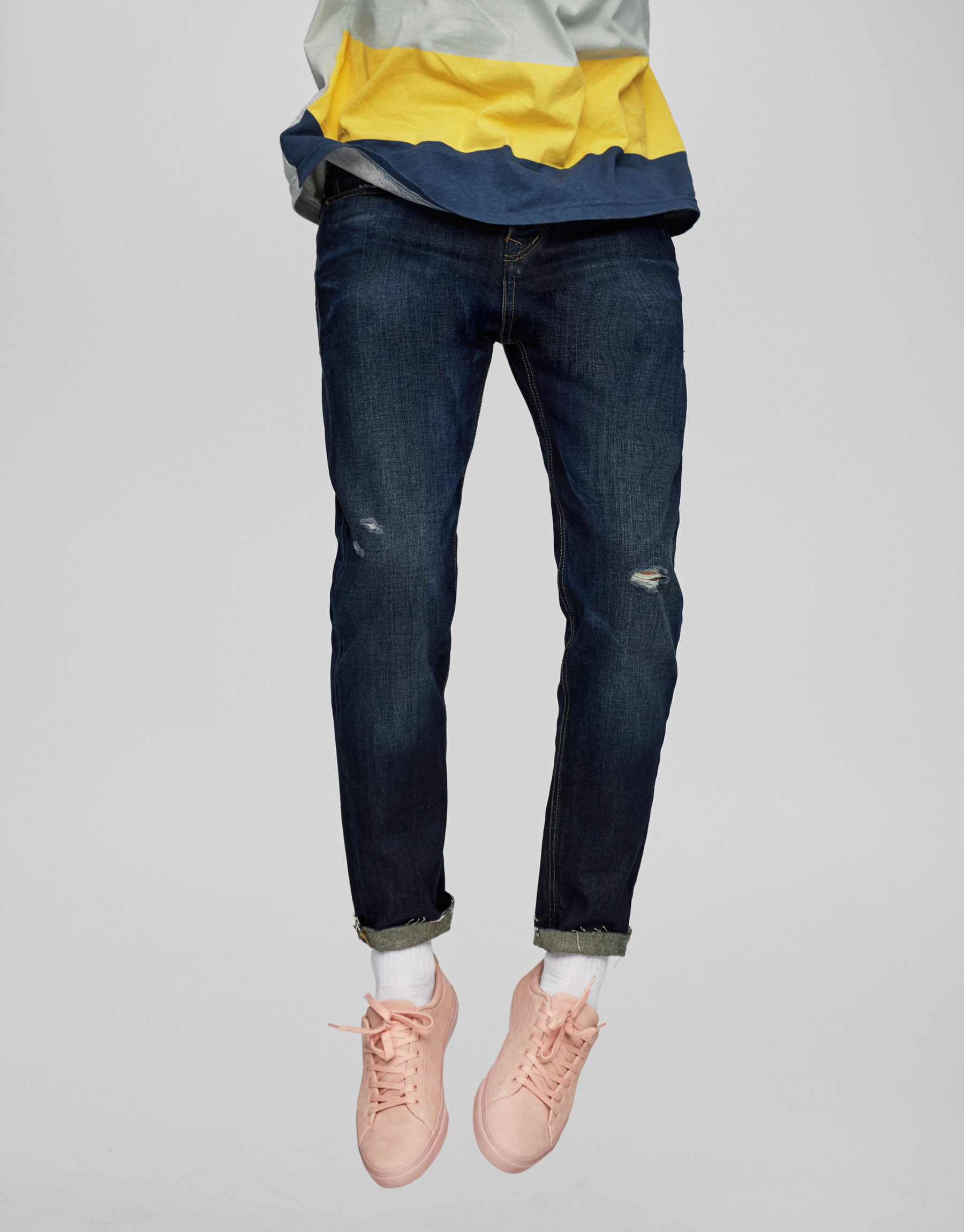 Tapered-Jeans mit Regular-Fit