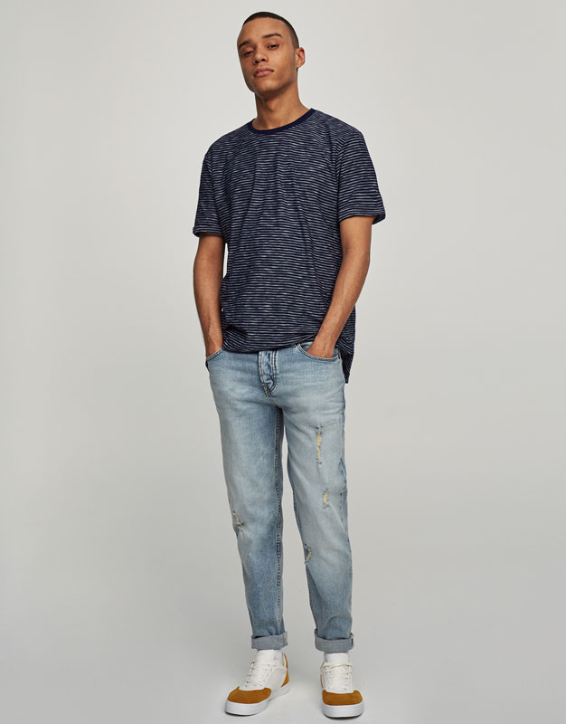 Jeans slim fit efecto lavado