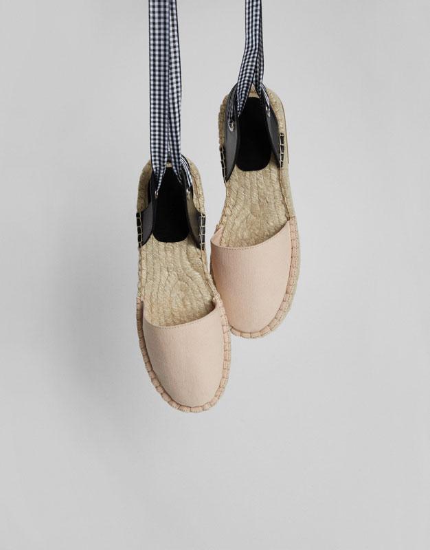 Espadrilles with tie at heel