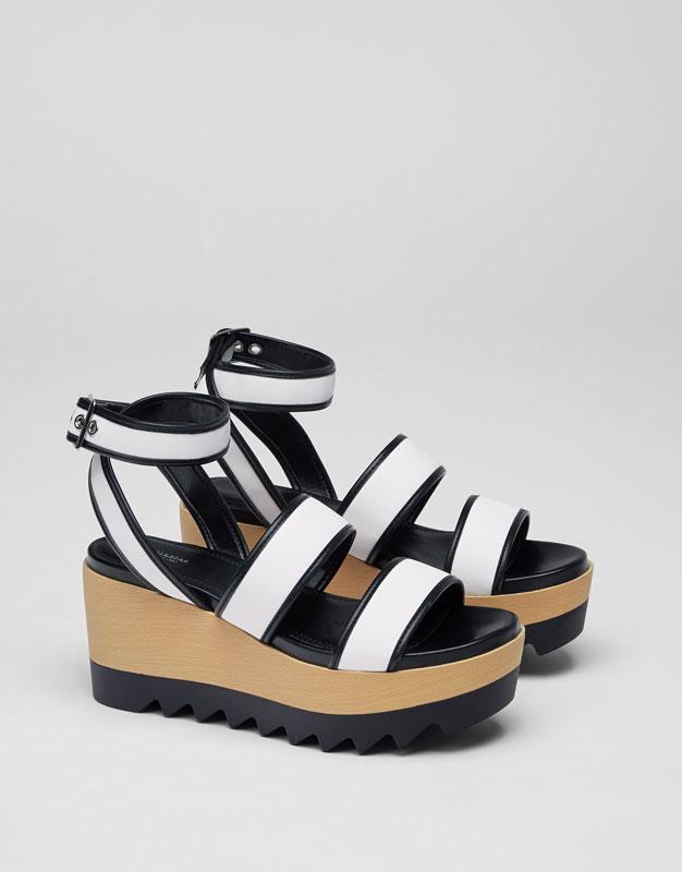 Chaussure compensée bicolore