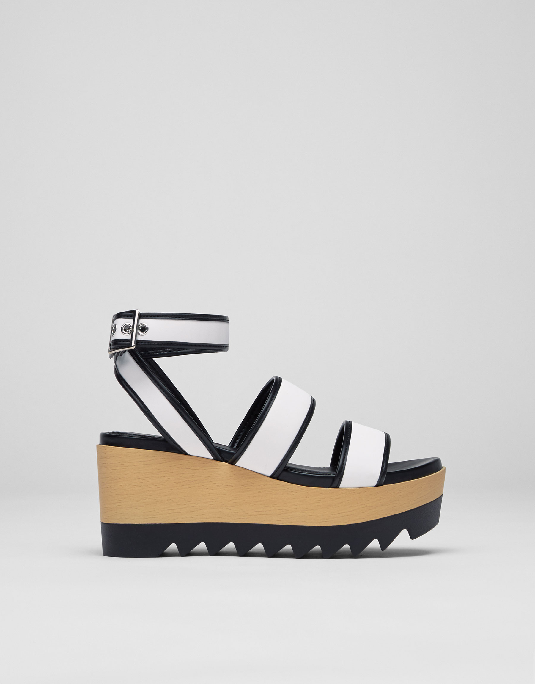 Two-tone wedges