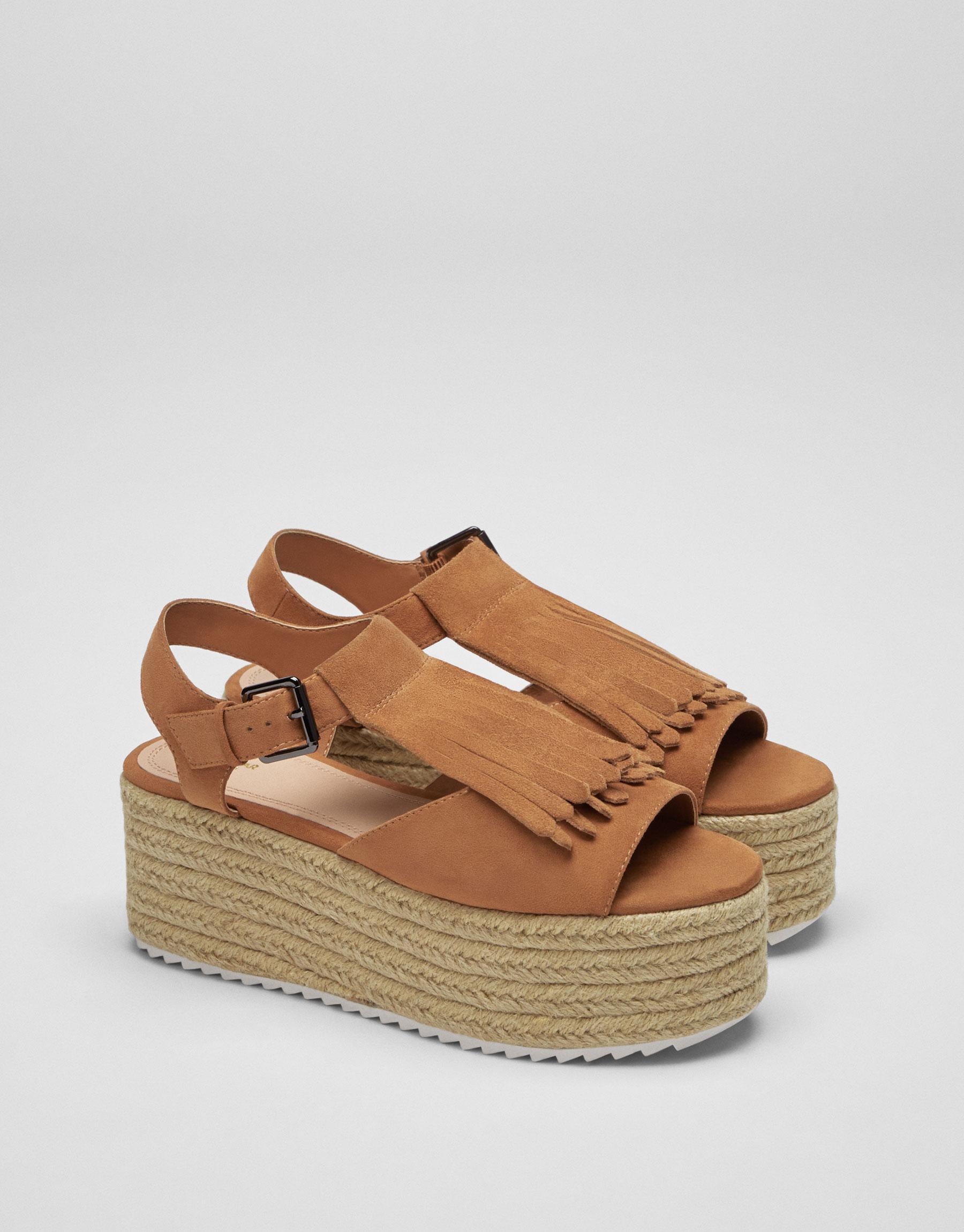 Flatform-Sandale aus Jute