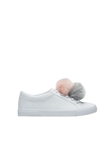 Pompons sneakers