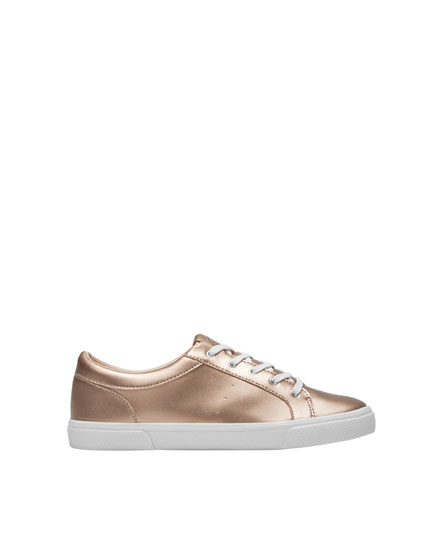 Basic pink metallic plimsolls