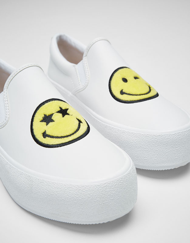 Smiley Face plimsolls