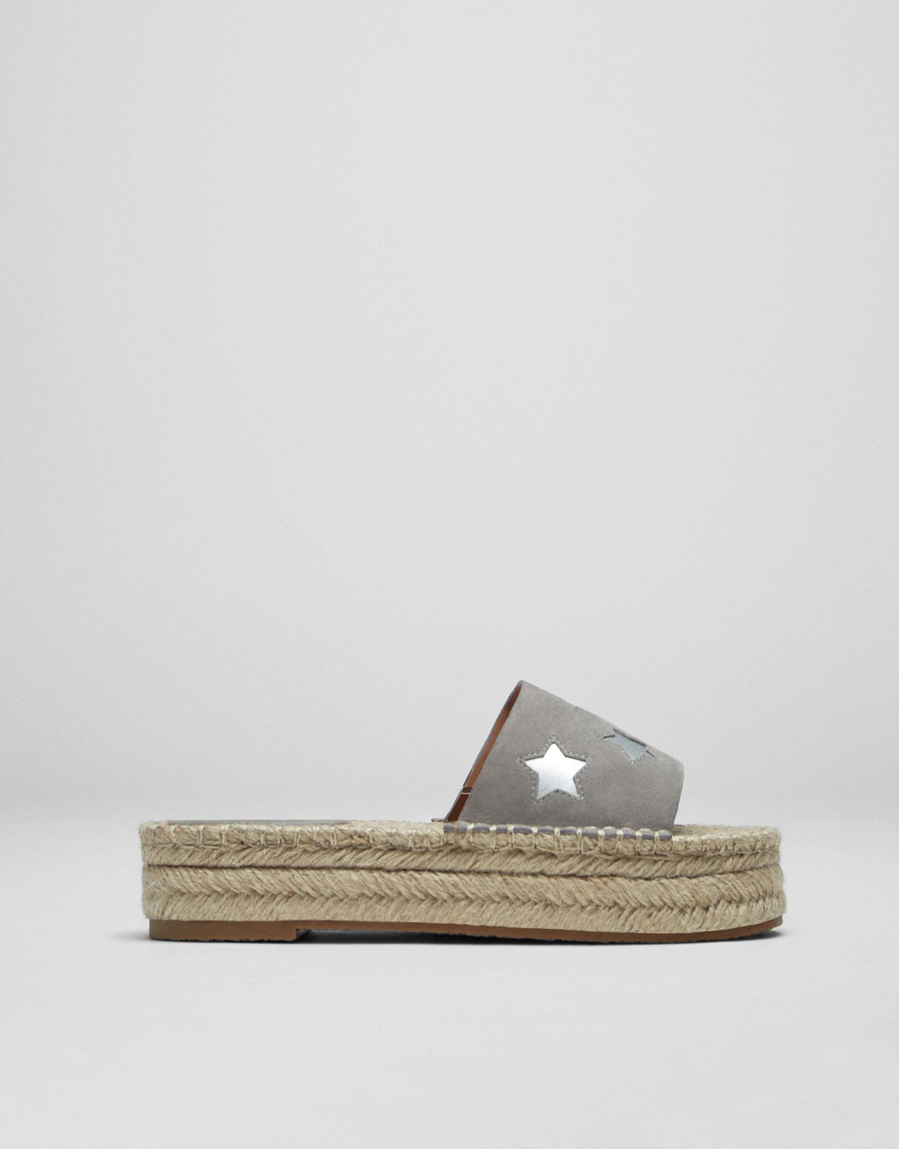 Sandale mit Jute und Sternen