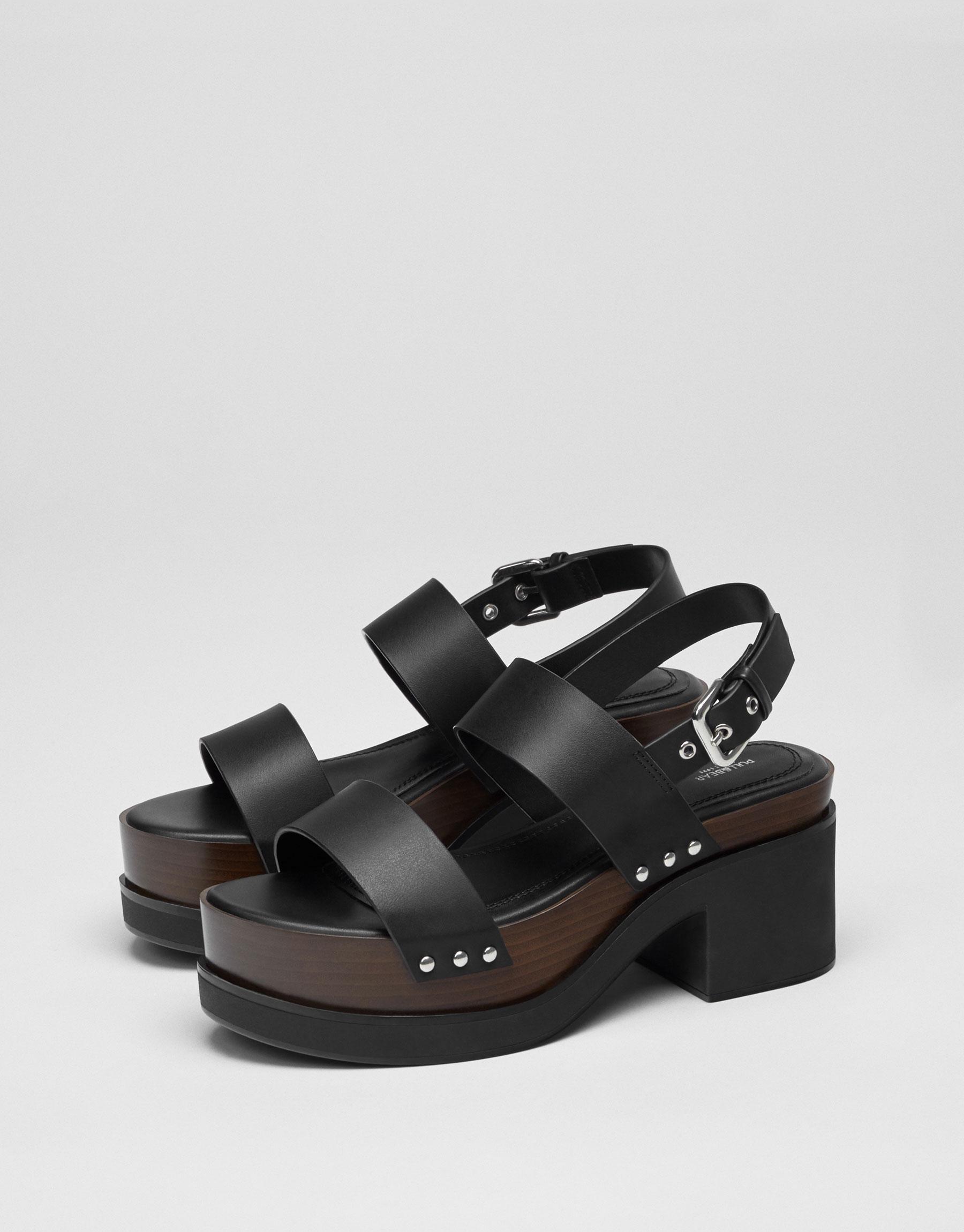 Sandale à talon mode