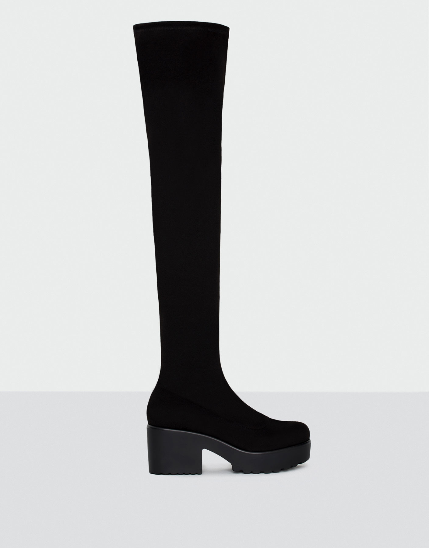 Hoher stretchstiefel