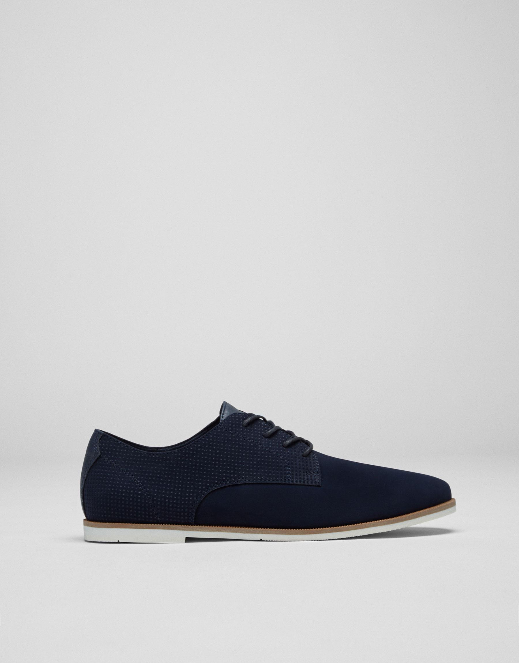 Zapato slim picados