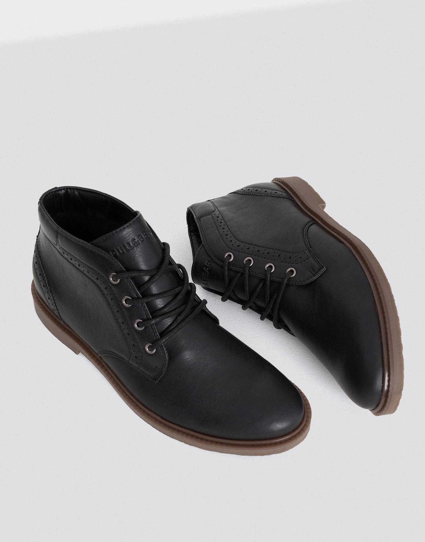Desert boot basic de cuir