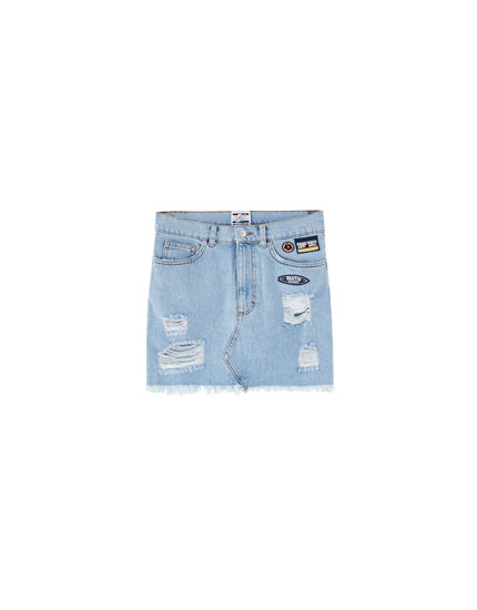 Pantín Classic short denim skirt with rips