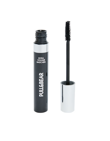 Pull&Bear volume-effect mascara