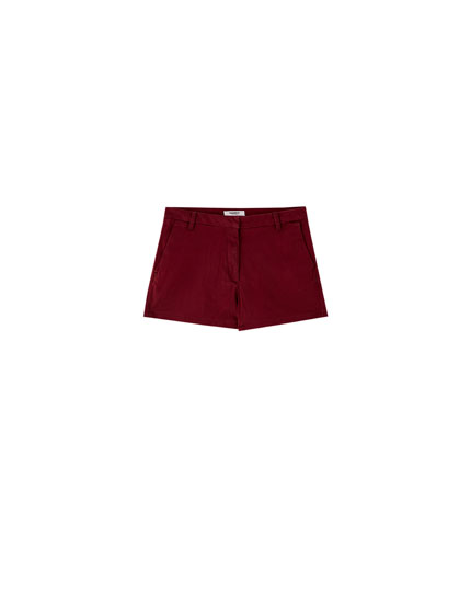 Tailored Bermuda shorts with back pockets