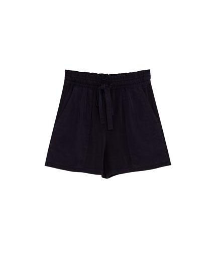 Shorts paper bag lisa