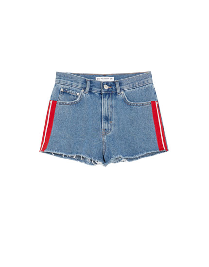 Mom fit denim short met streepbies opzij