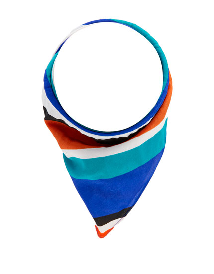 Multicoloured bandanna with knot