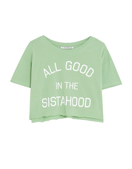 Cropped T-shirt with text