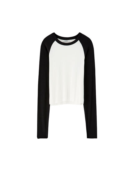 T-shirt with contrasting long sleeves