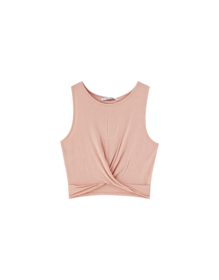 Sleeveless ruffled top