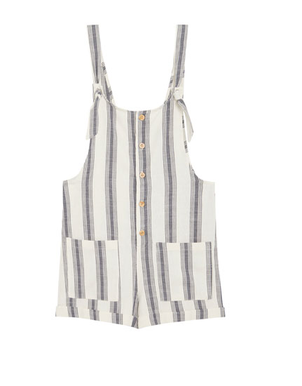 Short dungarees with front buttons