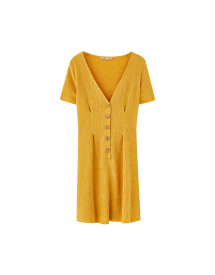 Crepe dress with buttons