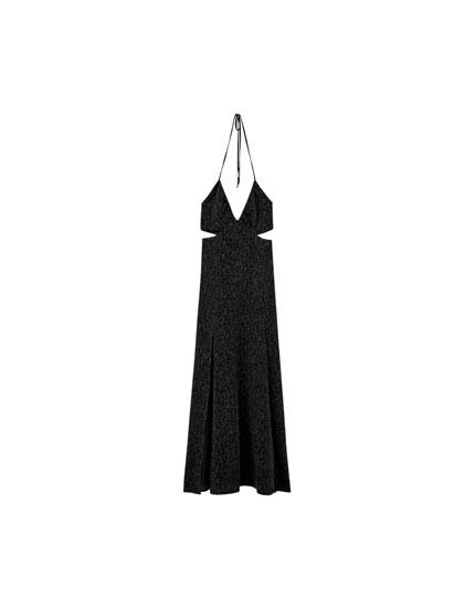 Langes Kleid mit Metallic-Effekt und Schlitzen