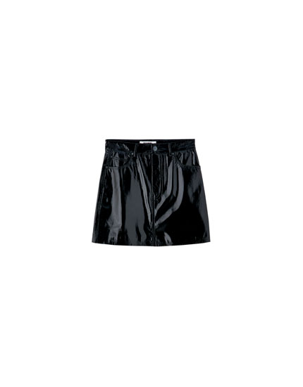 Faux patent leather mini skirt with 5 pockets