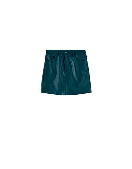 Faux leather mini skirt with 5 pockets