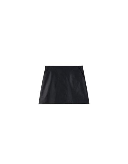 Falda básica bolsillos