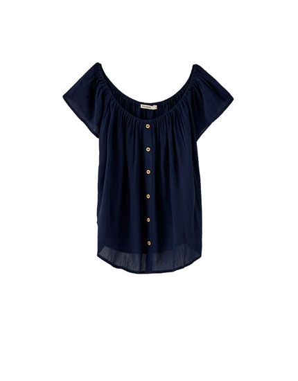 Off-the-shoulder top with buttons