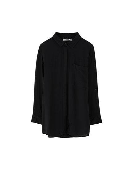 Basic skjorte med 3/4-langt ærme