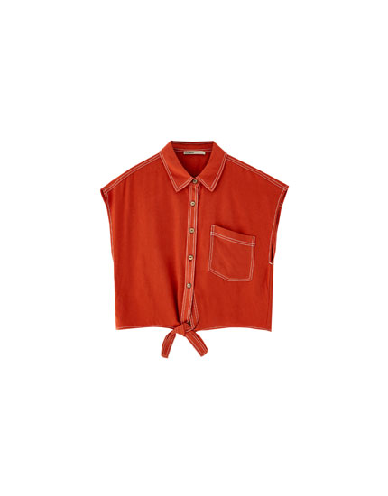 Shirt with contrasting topstitching and knot