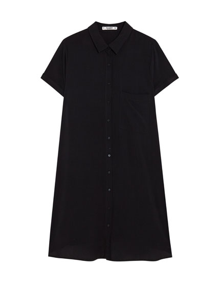 Schwarzes Hemdkleid
