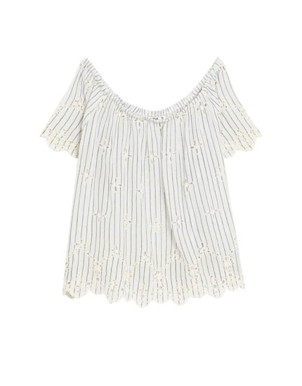 Top broderies encolure Bardot