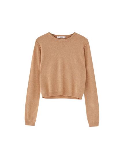 Basic round-neck sweater