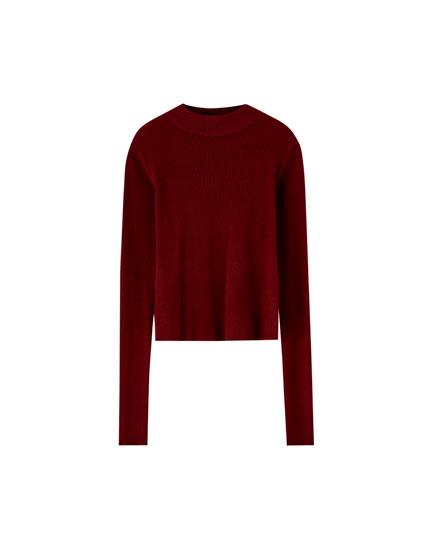 Gerippter Pullover mit geripptem Stehkragen
