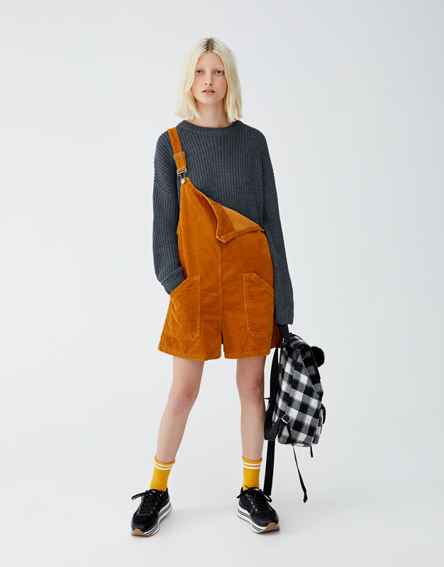 Pullover Im Colourblock Design by Pull & Bear