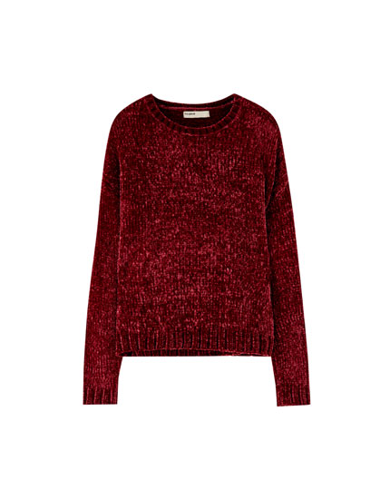 Round neck chenille sweater