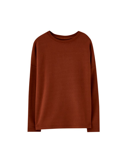 Basic sweatshirt with ribbed neckline