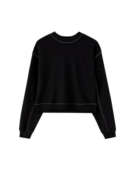 Topstitched sweatshirt