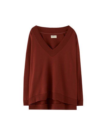 Ribbed V-neck sweatshirt