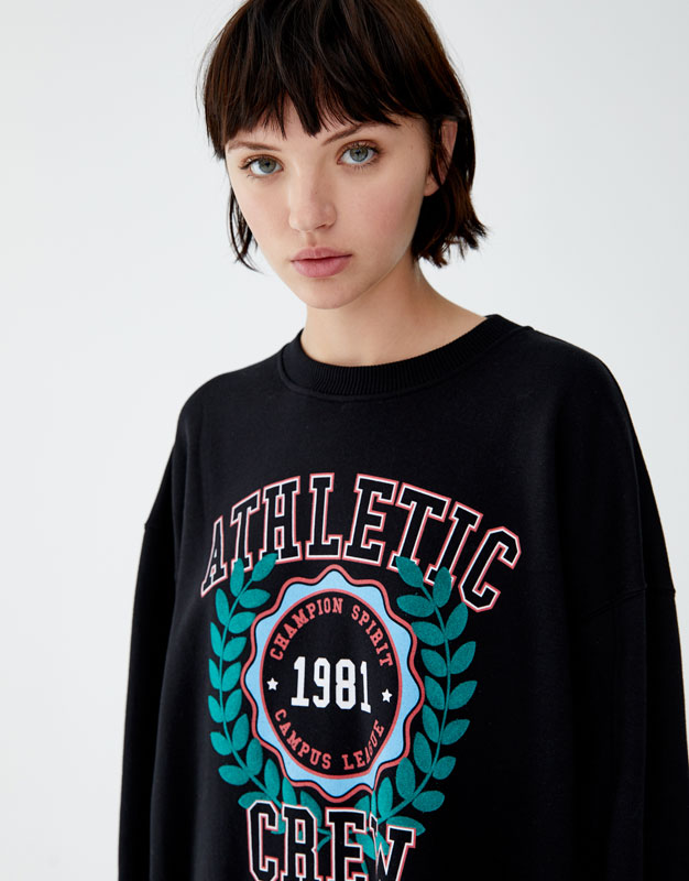 Yazılı Ve Grafikli Sweatshirt by Pull & Bear