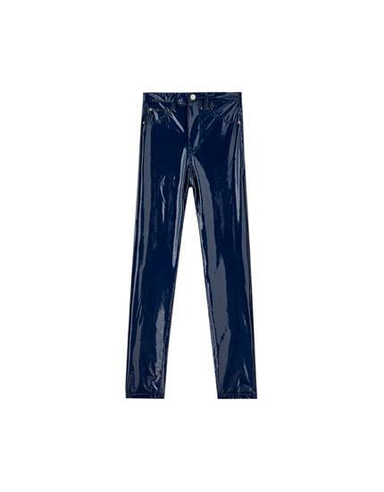 Pantaloni din vinilin skinny