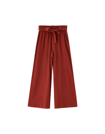 Wide-leg trousers with elastic waistband