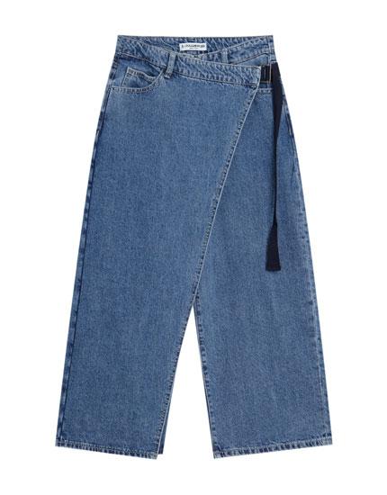 Jeans culotte diseño cruzado