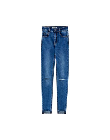 Mid-waist skinny capri jeans