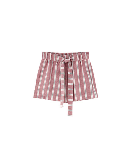 Linen shorts with tie belt