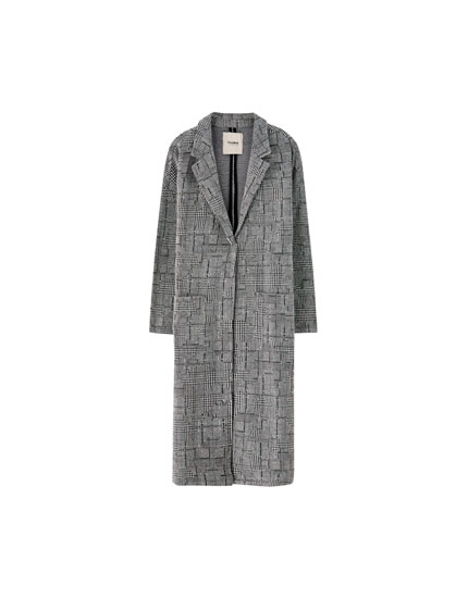Long coat without buttons