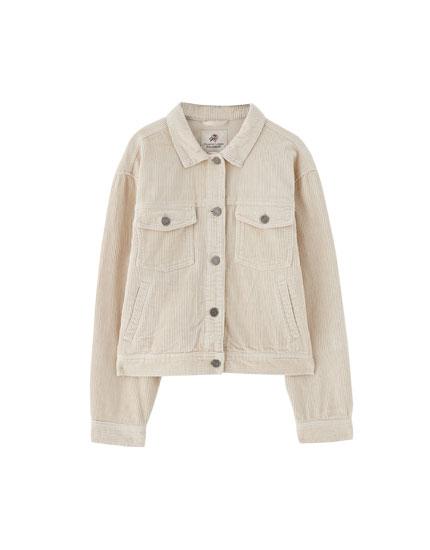 Kort jakke i jernbanefløjl med lommer