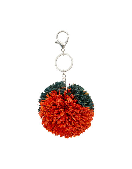 Multicoloured raffia key ring